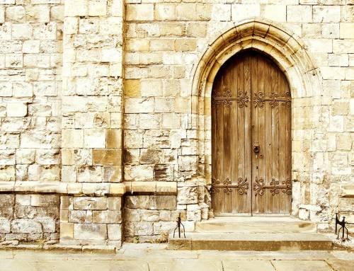 Čas zaprtih cerkva